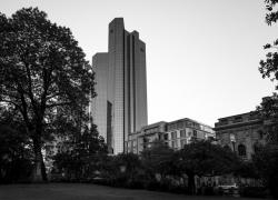 Deutsche-Bank-BW